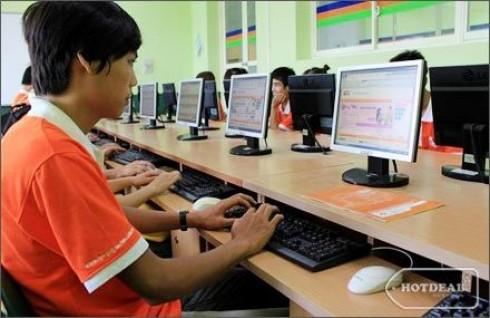 Sử Dụng Máy Tính Thành Thạo Và Nâng Cao Cơ Hội Nghề Nghiệp Với Khóa Học Tin Học Văn Phòng Chuẩn ICDL 15 Buổi Tại Trường FPT Polytechnic. Voucher 1.500.000 VNĐ, Còn 440.000 VNĐ, Giảm 71%.