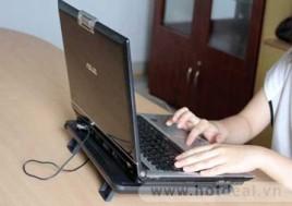 Giúp Tăng Tuổi Thọ Và Độ Bền Cho Máy Tính Của Bạn Với Đế Tản Nhiệt Laptop M119. Sản Phẩm Trị Giá 170.000Đ Chỉ Còn 85.000Đ. Giảm 50%