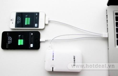 Cáp Sạc 3 Đầu Cho Iphone3,3G,4,4S,5, HTC, SamSung - Thiết Kế Nhỏ Gọn, Tiện Lợi Khi Cần Sạc Bất Cứ Lúc Nào, Dễ Dàng Mang Theo Khi Đi Xa. Sản Phẩm Trị Giá 130.000Đ Chỉ Còn 69.000Đ, Giảm 47% Tại