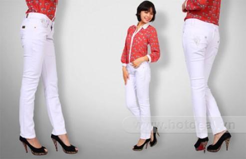 Trẻ Trung Và Nữ Tính Cùng Quần Kaki Jeans Nữ Màu Trắng – Thiết Kế Tinh Tế, Nhiều Kích Cỡ Để Lựa Chọn. Giá 189.000 VNĐ, Còn 139.000 VNĐ, Giảm 26%.