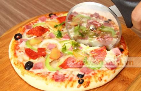 Thưởng Thức Pizza Size Vừa (23cm) Và Size Lớn (31cm) Với Hương Vị Thơm Ngon, Hấp Dẫn Đúng Chất Ý Tại Nhà Hàng Pizza Rex. Voucher 120.000 VNĐ, Còn 75.000 VNĐ, Giảm 38%.