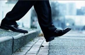 Cải Thiện Chiều Cao Hiệu Quả Với Combo 10 Miếng Lót Giày Tăng Chiều Cao Cho Năm – Chất Liệu Silicon Mềm Mại, Chống Trơn Trợt. Giá 98.000 VNĐ, Còn 49.000 VNĐ, Giảm 50%.