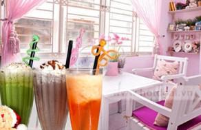 Thưởng Thức Những Món Ăn Và Thức Uống Thơm Ngon, Độc Đáo Trong Một Không Gian Xinh Xắn, Lãng Mạn Tại Gấu Café. Voucher 70.000 VNĐ, Còn 35.000 VNĐ, Giảm 50%.
