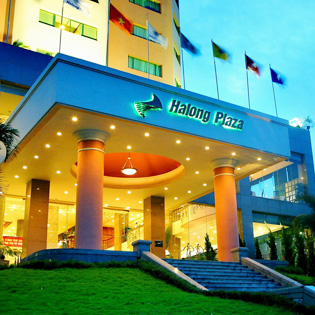 Hot Deal - Halong Plaza Hotel + Buffet Sang