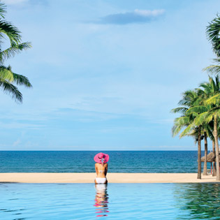 Hot Deal - Thien Duong Nghi Duong Furama Resort - Ve May Bay Vietjet