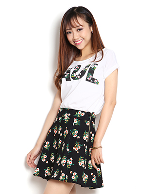Hot Deal - Ao Thun Crop Top + Chan Vay Hoa