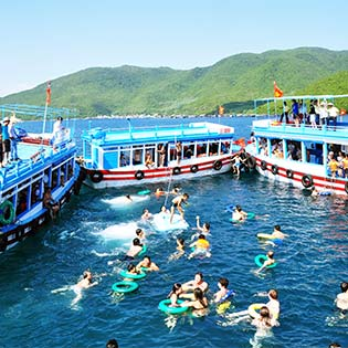 Hot Deal - Tour Nha Trang Diamond Bay - Gom Ve Vinpearl Land KS 3* 3N3D
