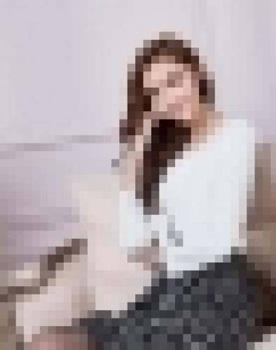 Bộ Đầm Chấm Bi Kèm Áo Khoác Trắng Sang Trọng