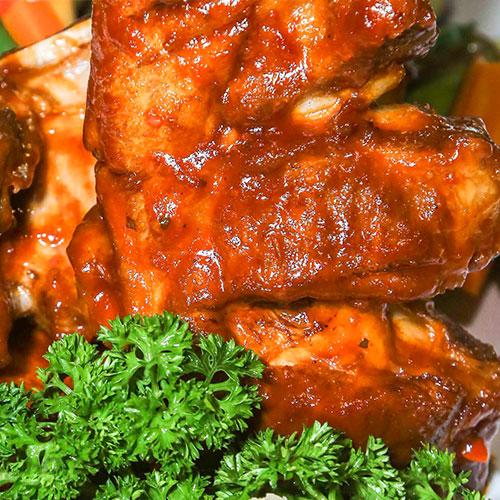 Combo 800Gr Sườn Nguyên Tảng Sốt BBQ + Salad, Khoai Tây Cho 3-4 Người