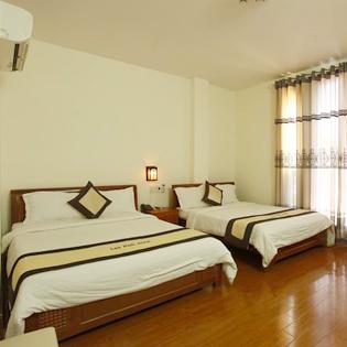 Hot Deal - Phong Superior – Camry Hotel 2 Nguoi/ Phong/ Dem