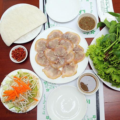 Quán Bò Tơ Tây Ninh, Gà Ta Thả Vườn Quận 10