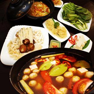 Hot Deal - Lau Thai Chay Hoac Lau Chao Cho 2-3 Nguoi Tai Nha Hang Chay Om Mani Padme Hum