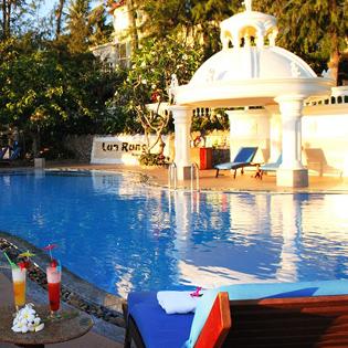 Hot Deal - Lan Rung Resort 2N1D – Tang Lau Hai San, Xong Hoi