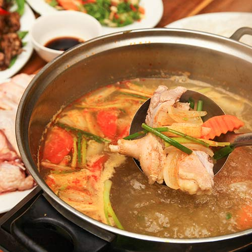 Set Bò Và Lẩu Vịt Dành Cho 4 Người Tại Nhà Hàng Bò 36 Món