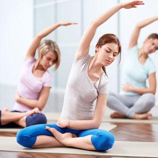 Hot Deal - 4 Tuan Tap Yoga - Khong Gioi Han Buoi Tap - Mien Phi Sauna Tai Maya Yoga