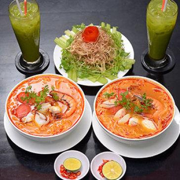 Hot Deal - Combo 2 To Bun Thai Hai San + 02 Ly Tra Sua Thai - Nha Hang Thai Food