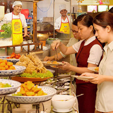 Hot Deal - Buffet Toi Tren 60 Mon Thai Lan Tai Nha Hang Con Voi Vang