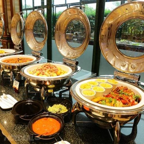 International Buffet Tối Cuối Tuần Thứ 7 & Chủ Nhật Windsor Plaza Hotel 5*