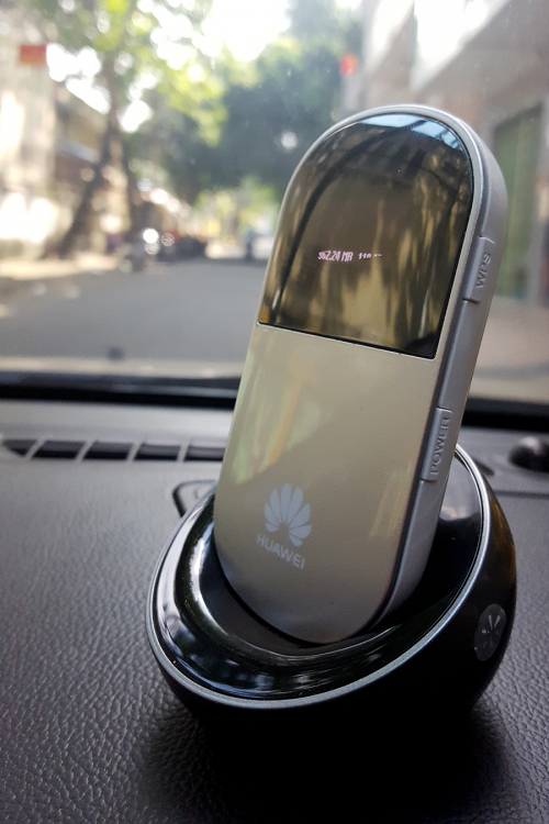 K Deal - Bo Phat Wifi 3G Huawei E586