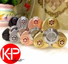 K Deal - Con Quay Hand Spinner Nhom 3 Canh - Fidget Spinner Hot 2017