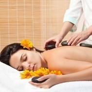 Massage body đá nóng tại Spa D'oro
