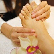 Massage foot hoặc massage body Thụy Điển