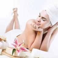 Tắm trắng toàn thân bằng collagen