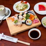 Set sushi hấp dẫn tại NH Sakurasaku