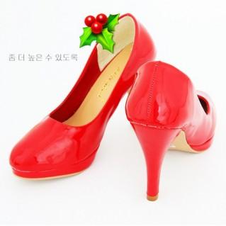 Sang trọng với giày cao gót bít mũi