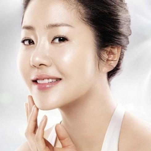 Lựa chọn 01 trong 03 DV chăm sóc da mặt
