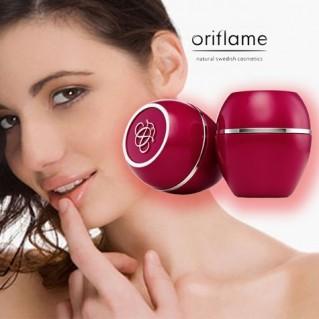 02 Hủ sáp dưỡng môi Oriflame - Tender Care Cherry