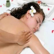 Massage Thái thư giãn body tại An An Spa