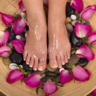 Massage chân cho bà bầu Hương Anh Spa