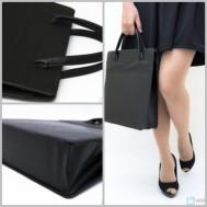 Túi xách da màu đen