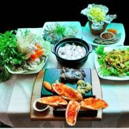 Set: bò nướng + salad + xôi bắp + lẩu