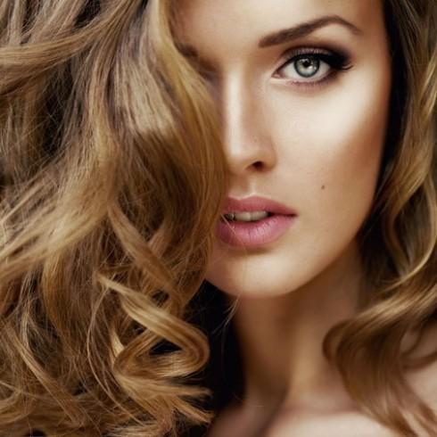 Mái tóc óng ả cùng gói hấp tóc đặc trị phục hồi
