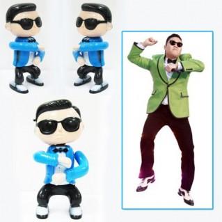 Búp Bê Gangnam Style - Nhảy và phát nhạc