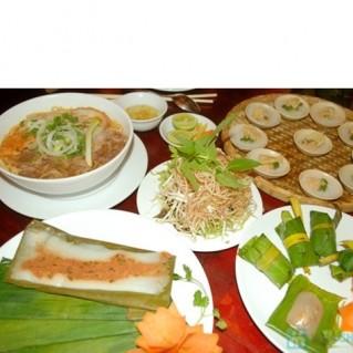 Các món Huế truyền thống tại Sài Gòn