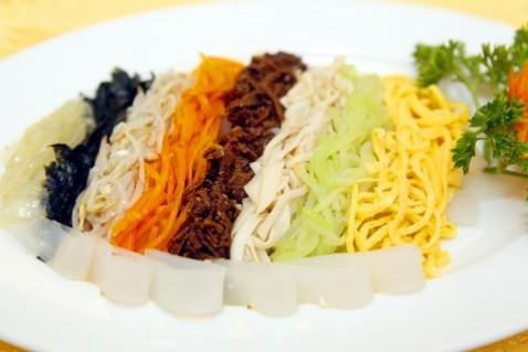 Set ăn cao cấp cho 4 người tại nhà hàng Bắc Triều