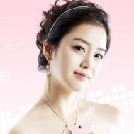 Mua Chung - Khoa hoc cham soc da+Boi toc+Trang diem