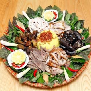 Đặc sản Hà Giang - Lợn Tên Lửa 6 món