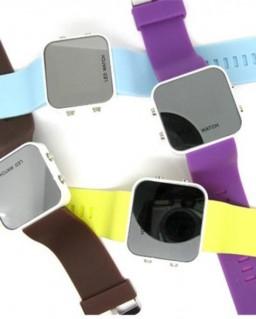 Đồng hồ đeo tay led thời trang