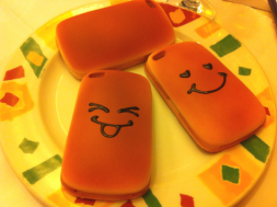 Vỏ iPhone hình bánh mỳ