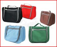 Túi cá nhân tiện dụng, từ chất liệu Polyester không thấm nước, với 5 ngăn - kích cỡ khác nhau, dùng cho những chuyến công tác, du lịch. 60.000Đ tại Mua Tích Lũy. - Giỏ Sách, Ví