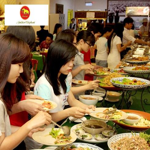 Buffet trưa các món Thái - Nhà hàng Con Voi Vàng