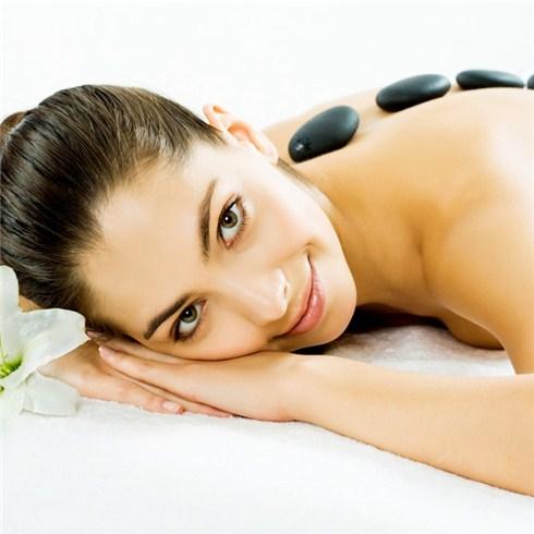 Massage đá nóng,xông hơi 60' tại Spa Hương Bella (không nhận típ)