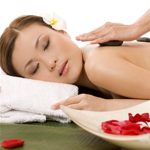 Xông hơi, massage body đá nóng - Spa Ngày Nắng, miễn nhận tip