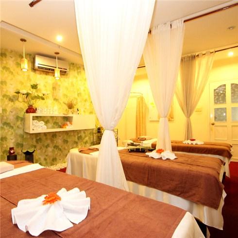 Massage body và chăm sóc da bằng thảo dược tại Khánh Hương Spa