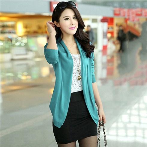 Áo khoác nữ cánh vạt đính cầu vai mùa thu
