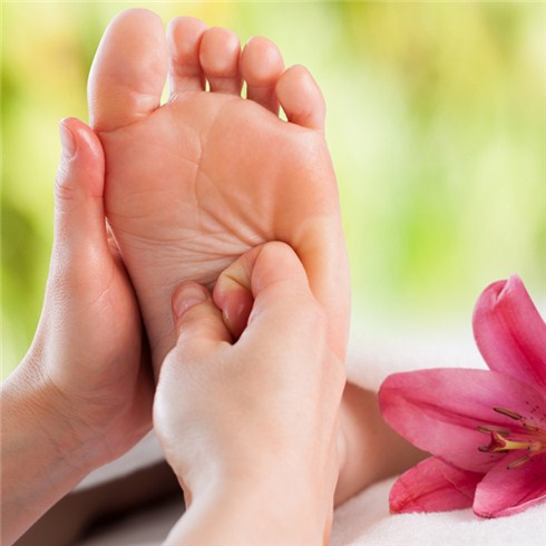 Massage body và foot tại Thẫm mỹ viện Diễm Trang
